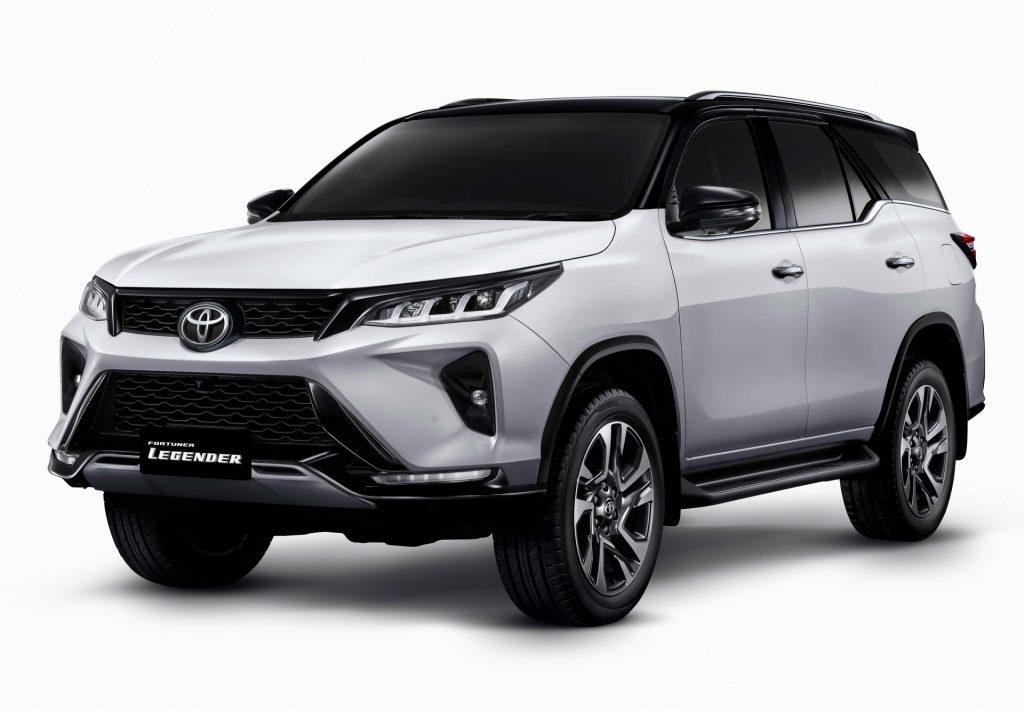 Gambar ini memiliki atribut alt yang kosong; nama berkasnya adalah 2021_Toyota_Fortuner_ori-6-1024x711.jpg